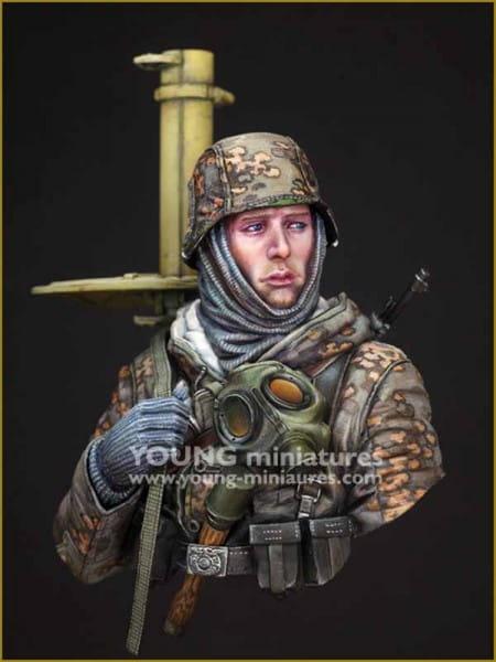Young Miniatures German Tank Hunter WWII / 1:10