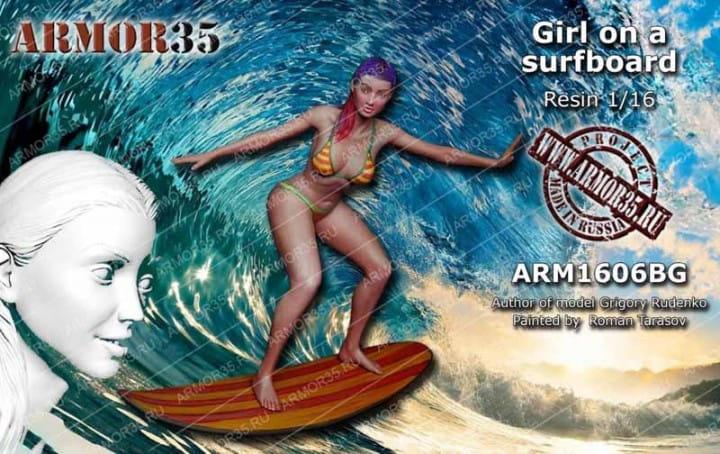 Armor35 Girl on Surfboard / 1:16