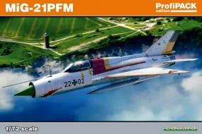 MiG-21PFM - Profipack - / 1:72