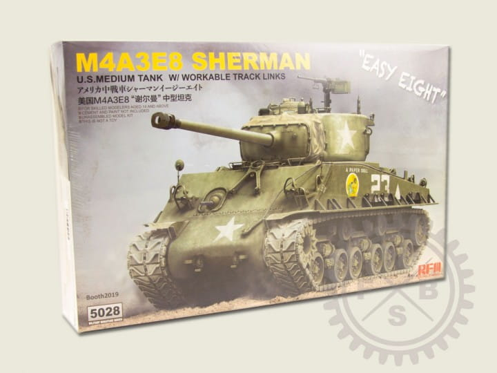 Rye Field Model SHERMAN M4A3E8 - Easy Eight - w/Workable Track links / 1:35