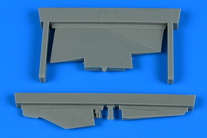 Aires MiG-23BN correct tail fin - Trumpeter - / 1:48